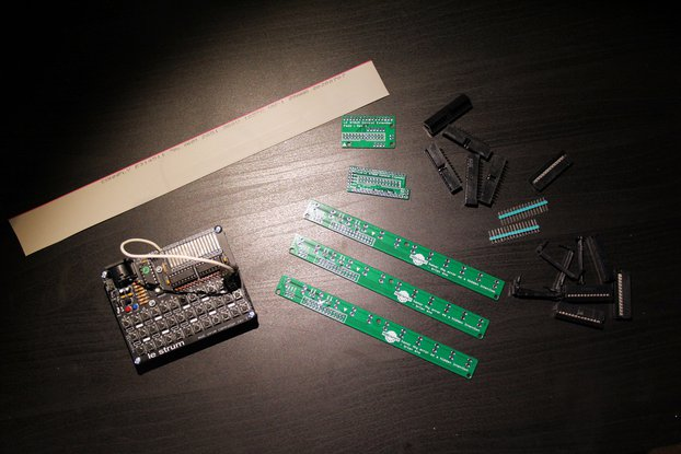 Le Strum [Constructed] and PCB Breakout Board Set