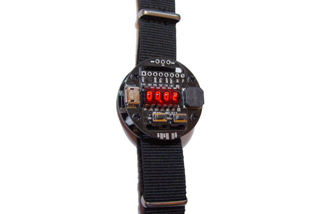 Rechargeable Retro Bubble Display LED Watch 1