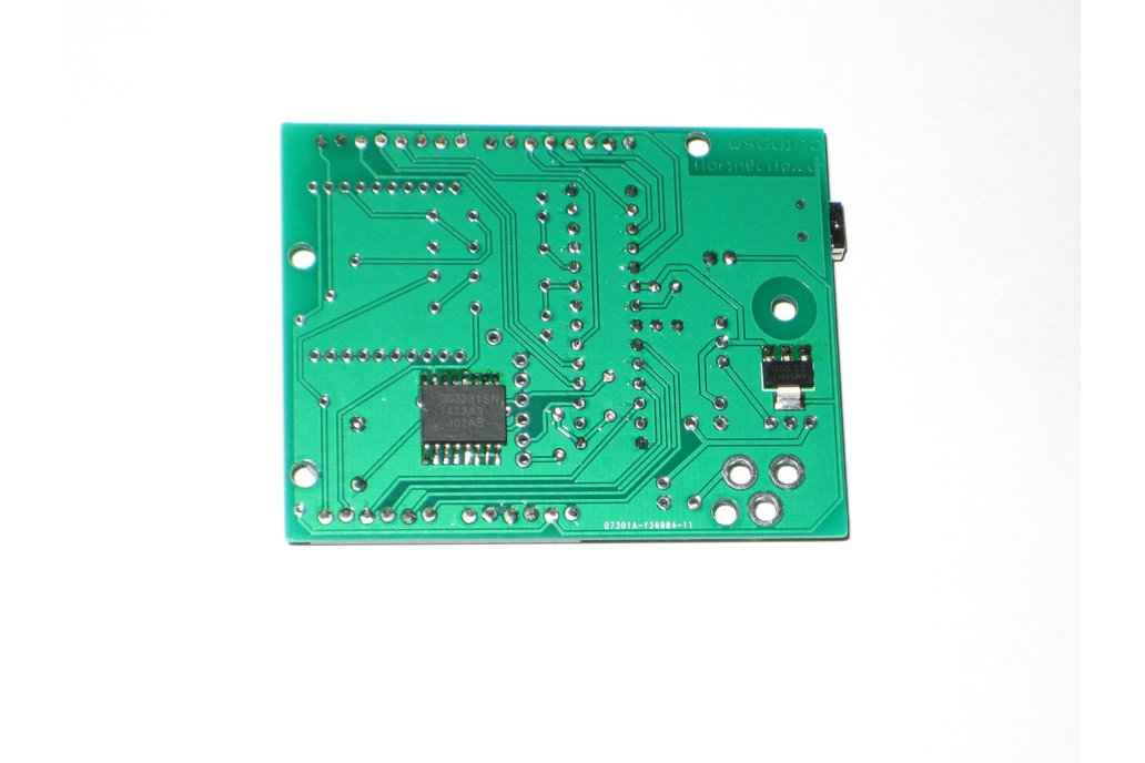 wsduino - an Arduino-compatible with onboard RTC 5