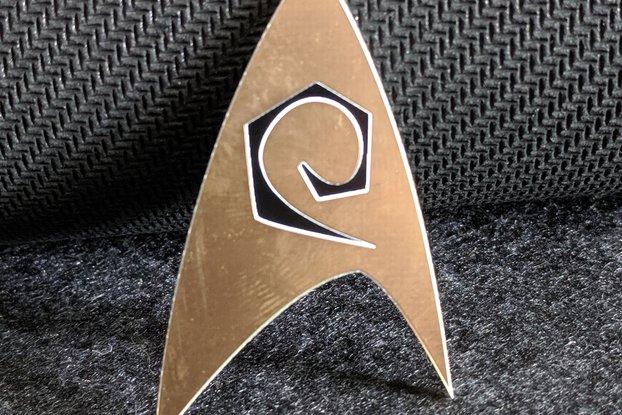 Star Fleet Engineer/Ops Gold Lapel Pin