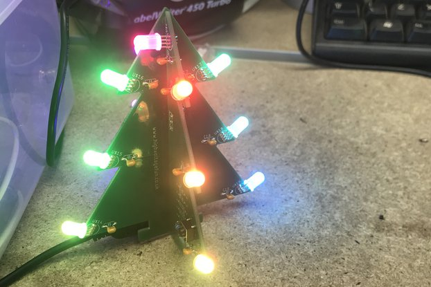 USB Powered RGB LED Christmas Tree
