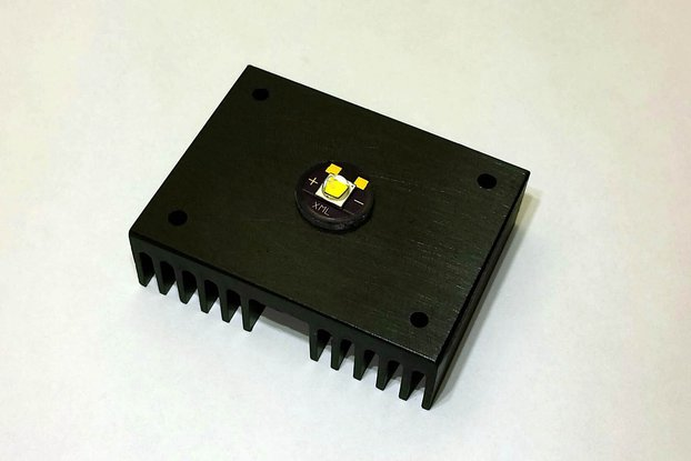 Cree XML PCB with PowerPeg Heatsink