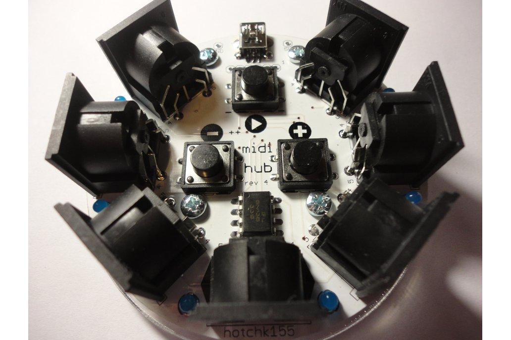 midihub  6-way MIDI Thru and Metronome Module 1