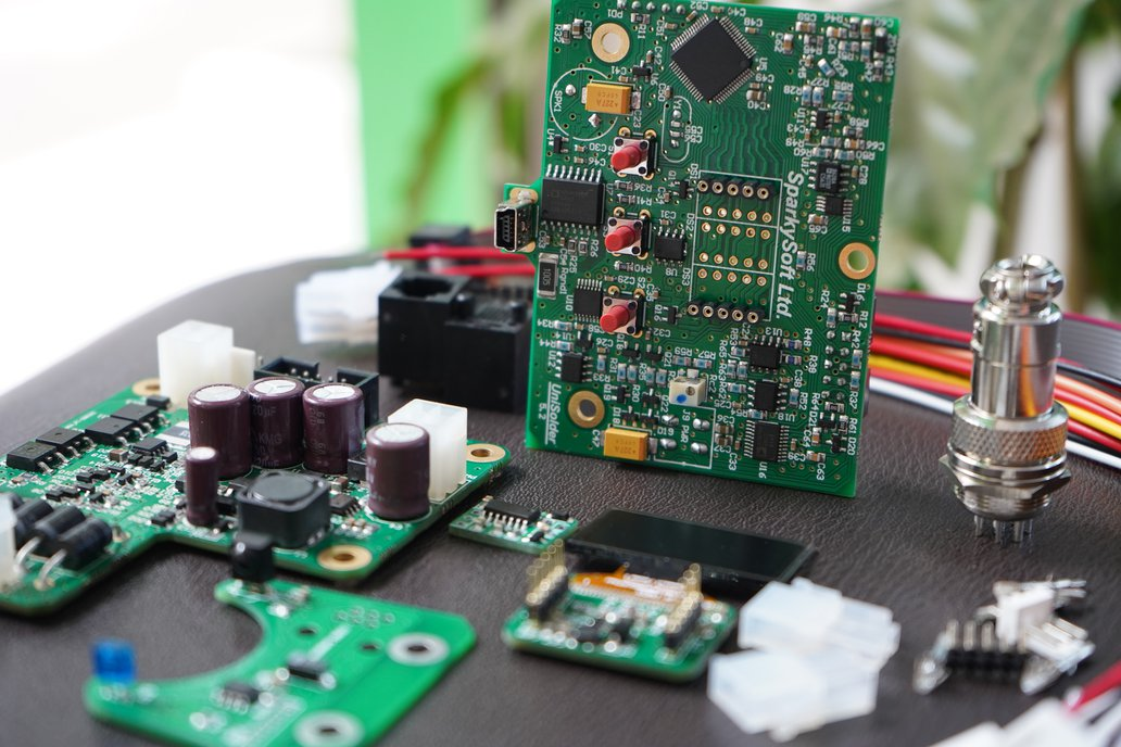 Unisolder5.2 Soldering iron Finished Circuit Board 1