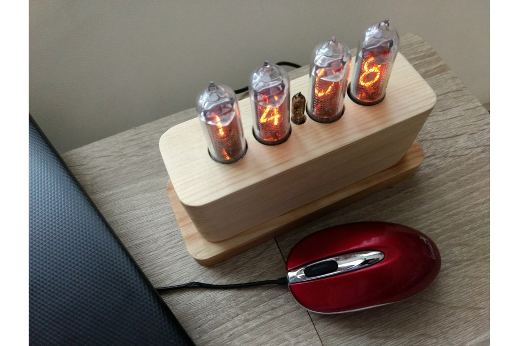 IN-14 Nixie Tube Clock in Wooden Case 6