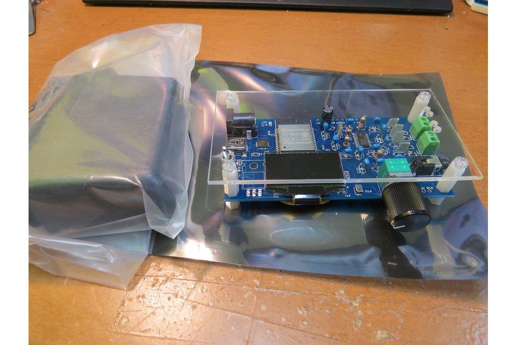 ESP32 web radio /audio BT receiver /w class-D amp 1